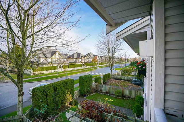 18608 65 AVENUE - Cloverdale BC Townhouse for sale, 3 Bedrooms (R2125655) #19