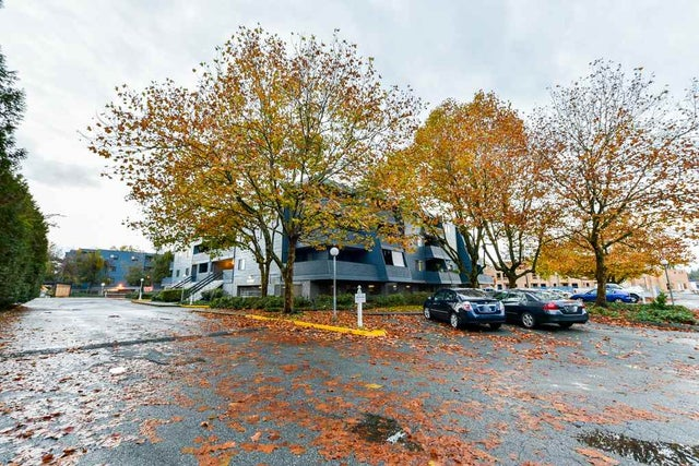 302 5906 176A STREET - Cloverdale BC Apartment/Condo for sale, 2 Bedrooms (R2319413) #1
