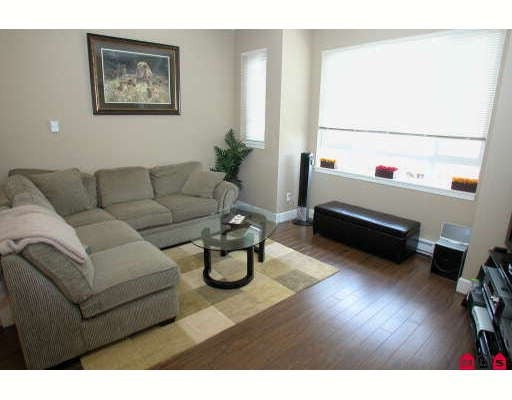 # 28 7088 191ST ST - Clayton Townhouse for sale, 3 Bedrooms (F2816377) #3